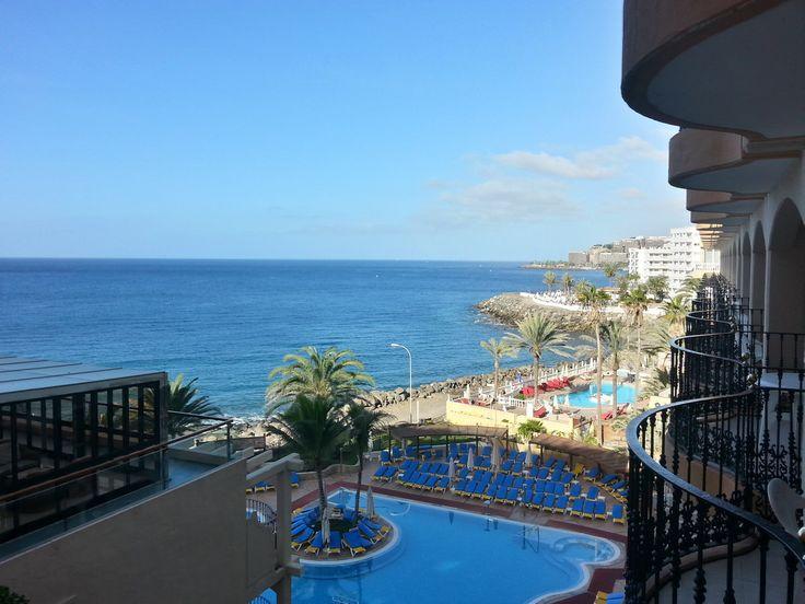 'Das Zimmer neben dem Fahrstuhl' aus dem Reiseblog 'Über Weihnachten auf den Kanaren: Urlaub im Dorado Beach auf Gran Canaria'
