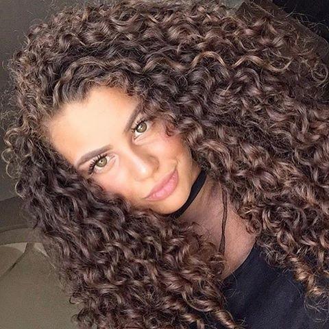 I love her hair colour