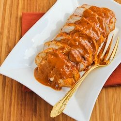 Slow cooker pork sirloin roast w/spicy peanut sauce: Cooker Recipe, Peanuts, Sauces, Food, Roasts, Pork Sirloin Roast, Slow Cooker, Spicy Peanut Sauce