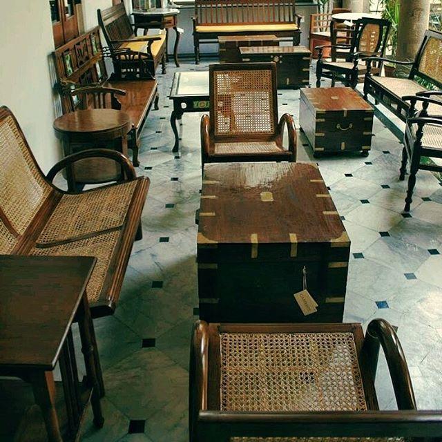 Arte em Palha (Empalhamentos, Itu/SP) Cel/Whats: 11 97040-6441 Tel: 11 4025-2175 Instagram: #arteempalha  #caneseat #cadeira #palha #palhinha #saladejantar #silla #rejilla #rustico #decor #decoração #caneseat #chaircaning #chair #vintage #cottage #casa #interiordesign #interiors #homedecor #bomdiaaa #bomdia #bomdiaa #bomdiaaaa #bonjour #buongiornissimo #buongiorno #buendia #goodmorning #follow4follow #furniture
