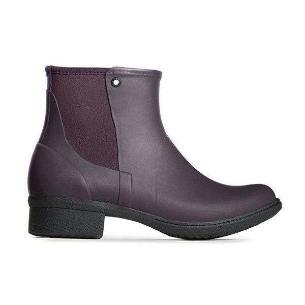 Bogs Wine Auburn Rubber Rain Boot (220 BRL) ❤ liked on Polyvore featuring shoes, boots, ankle boots, zip ankle boots, rubber rain boots, waterproof ankle boots, lined rain boots and low heel ankle boots