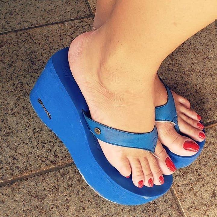 Instagram Post By Outsader Mar 4 2020 At 11 34am Utc Zapatos De Tacón Alto Pies Bonitos Mujer Zapatos De Tacon