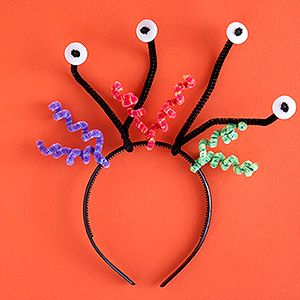 Chenille Stem Craft Ideas: Alien Headbands (via Parents.com)