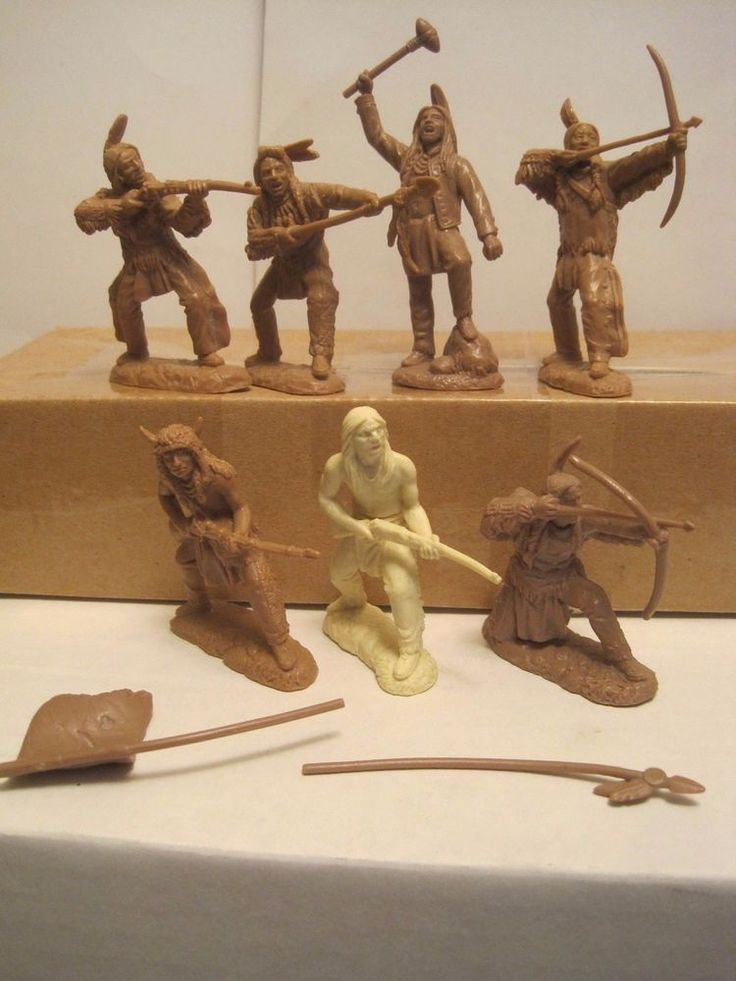 MARX TSSD BARZSO CUSTER PLAYSET CRAZY HORSE & 6 INDIAN 60MM PLASTIC TOY SOLDIERS #TSSD