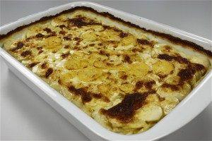 Flødekartofler m. hvidløg med billede Endnu en opskrift fra Alletiders Kogebog blandt tusindevis opskrifter.