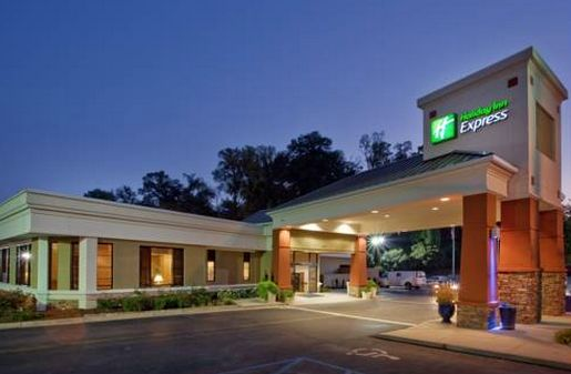 Dog Friendly Hotel in Athens, GA - Holiday Inn Express Athens - Enjoy Our Downtown Hotel's Athens, GA Location Located just two blocks from the University of…
