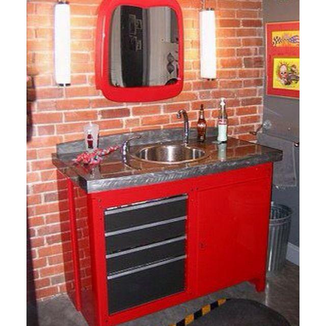 A guys bathroom in his garage !! Heyyyyyy that's perty kool ;)