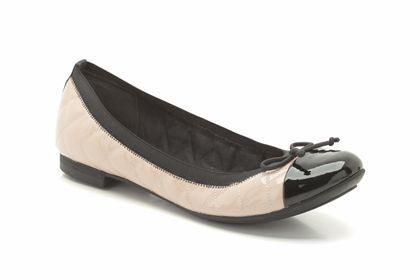 Clarks Carousel Curl, Nude, Womens Smart Shoes