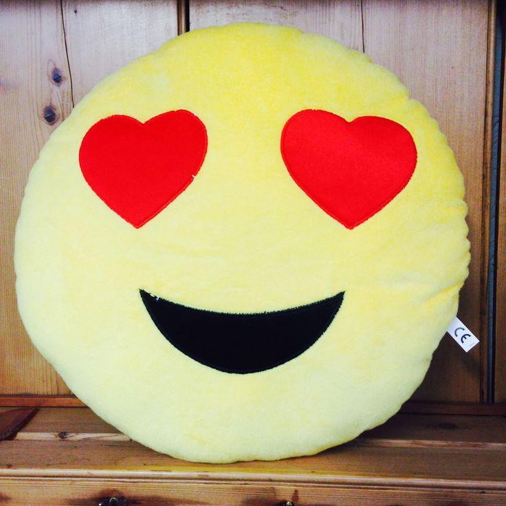 Heart Eyes Emoji Cushion - yourgifthouse