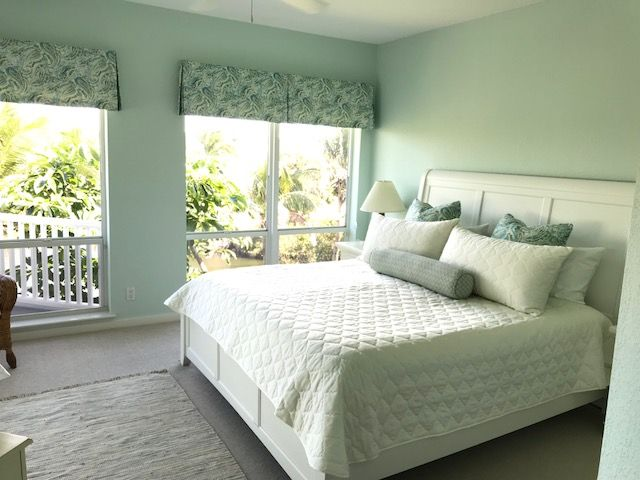 Custom Valance Bedding Pillows By