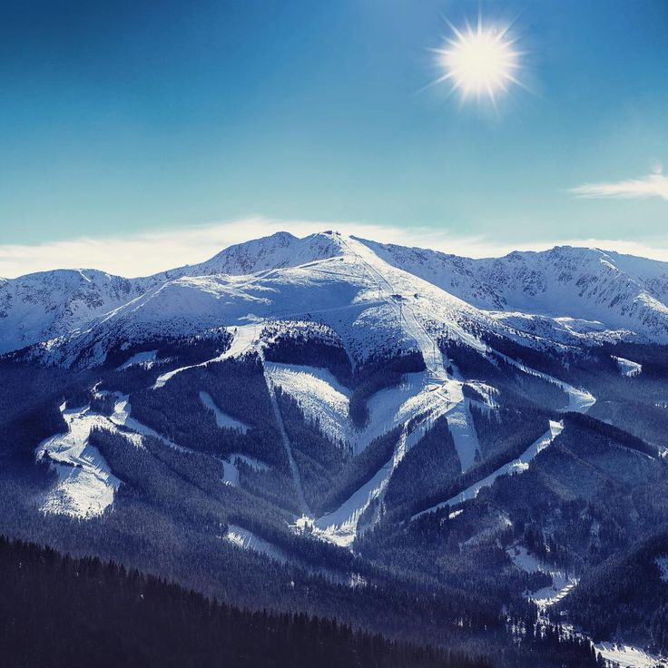 """Welcome to Jasná!  #skithefuture #skiworldcupjasna #jasna #nizketatry #chopok #ski #skiing #slovakia #slovensko #march #2016 #fisalpine"""