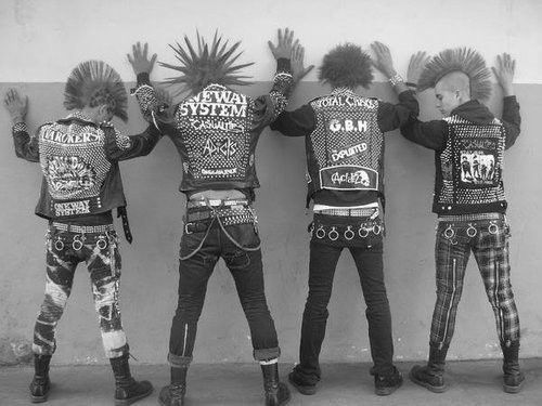punk rock style   punk style is one branch of the punk rock style we call it street punk ...