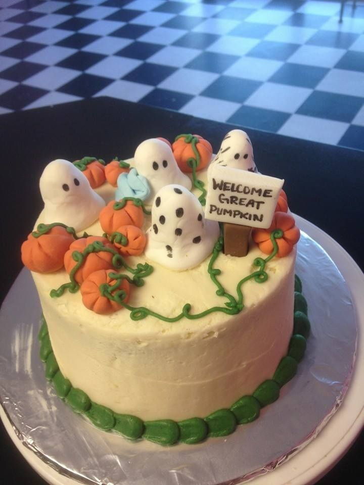 It's a great pumpkin Charlie Brown cake