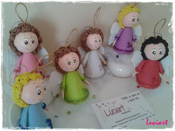 Angelitos para colgar. Realizado por Luciart www.facebook.com/luciartfofuchas