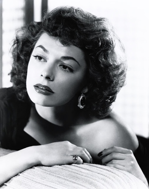 Ruth Roman Of Many Movies She Was In Strangers On A: Eternal Beauty