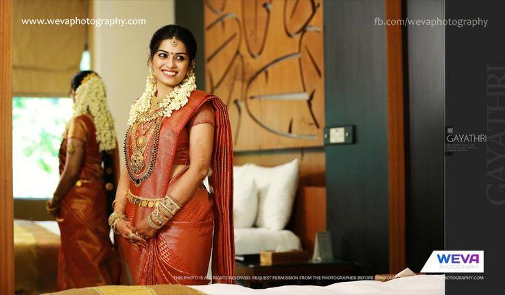 Cochin Hindu Wedding Photography of Gayathri  Anuj | Kerala Wedding Photography, Wevaphotography