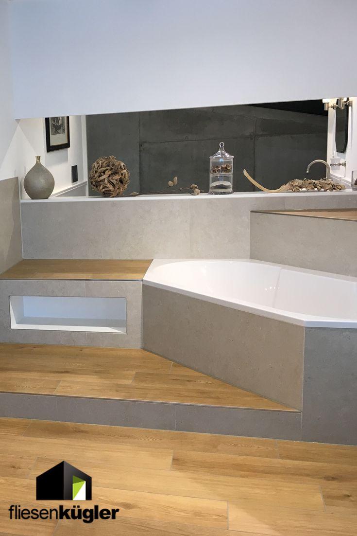 Holzoptik im Badezimmer – mit passenden Fliesen ist das kein Problem.  Ideen für die etwas andere Badgestaltung findet ihr in unseren Showrooms.  #Fl…