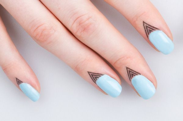 Cuticle Tattoos! A New Way To Dress Up Your Nails - So I actually bought them. They're super cute but not worth it. I've had them on for less than 2 hours and they're already peeling and fading. Also they don't come with instructions for use/removal so I had to search online to make sure I was doing it right.