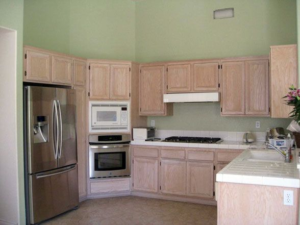 1000 images about updates with honey oak on pinterest for Kitchen remodel keeping oak cabinets