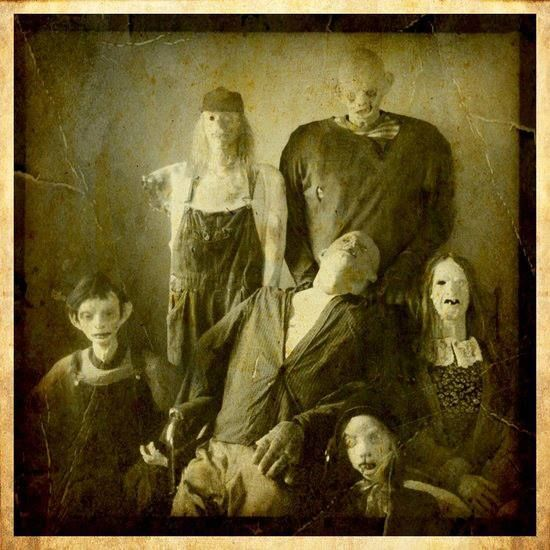 family photo....creepy