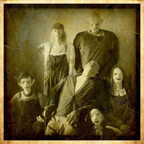 family photo....creepy