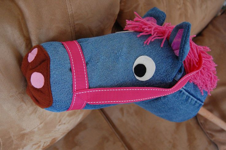 Stick horse tutorial using cut off leg portion from old jeans