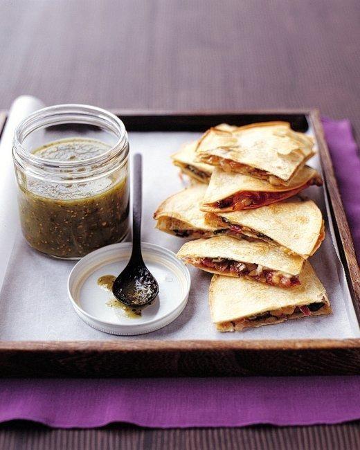 Spinach-and-Mushroom Quesadillas Recipe
