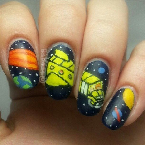 Pin for Later: '90s-Inspired Nail Art That Will Make You Totally Nostalgic The Magic School Bus