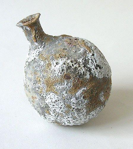 Aki Moriuchi - Stoneware, Volcanic Glazes and Trailed Porcelain Slips