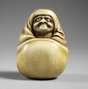 Netsuke : Daruma époque Edo (1603-1868) gravé, ivoire, sculpté Japon (C) RMN-Grand Palais (musée Guimet, Paris) / Thierry Ollivier
