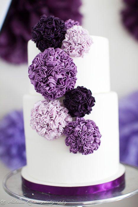 Purple pompon cake