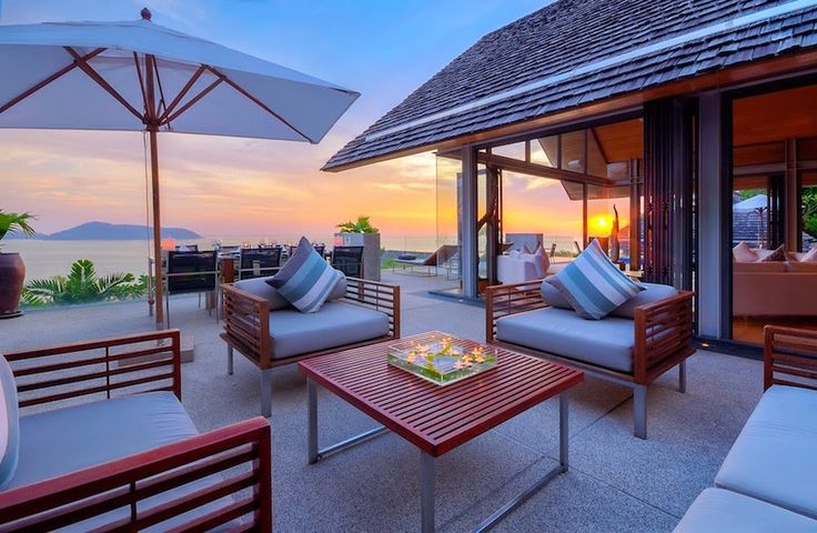 Villa Benyasiri takes full advantage of fresh air and picture-perfect surroundings through swoon-worthy open spaces.