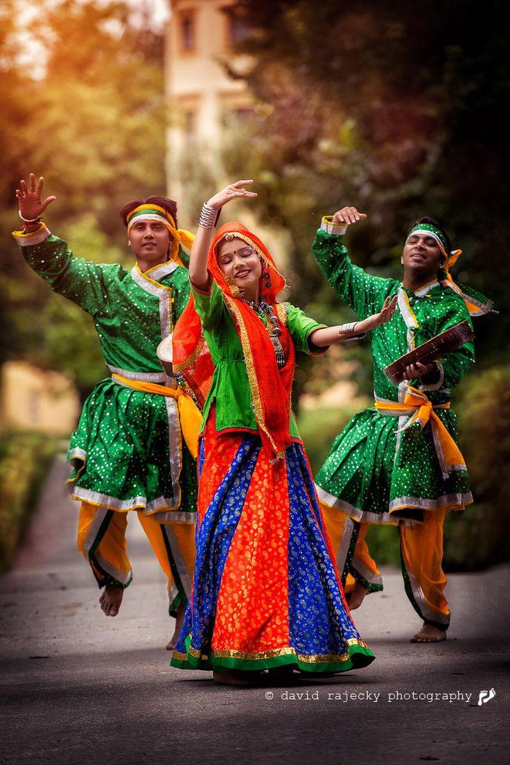 Dancing India group   David Rájecký