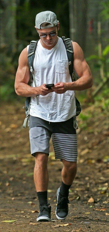 Zac Efron Yum! Those bulging veiny biceps!