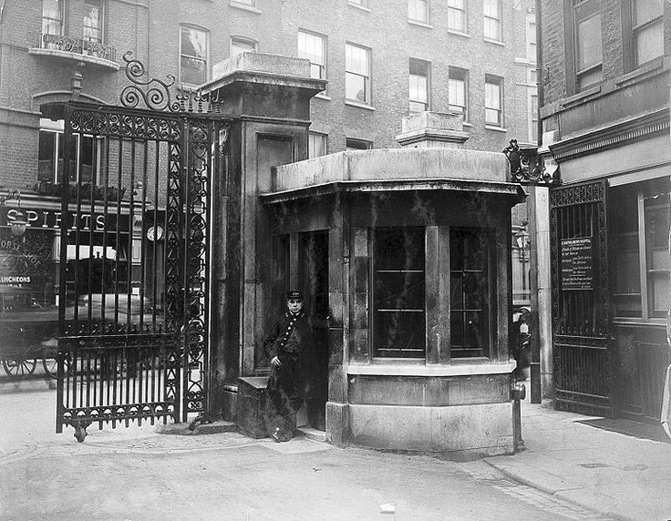File:St Bartholomew's Hospital, London; porter at the Little Brit Wellcome L0015421.jpg - Wikimedia Commons.   about 1908