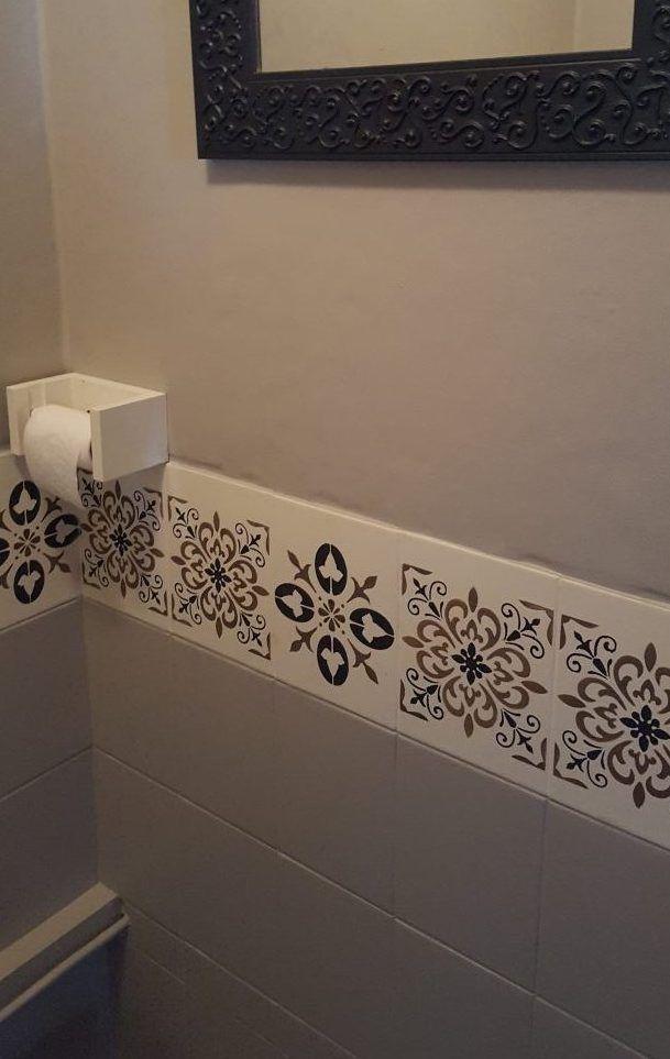 Frise imitation carreaux de ciment, ru00e9alisu00e9 dans les WC. Une du00e9co ...