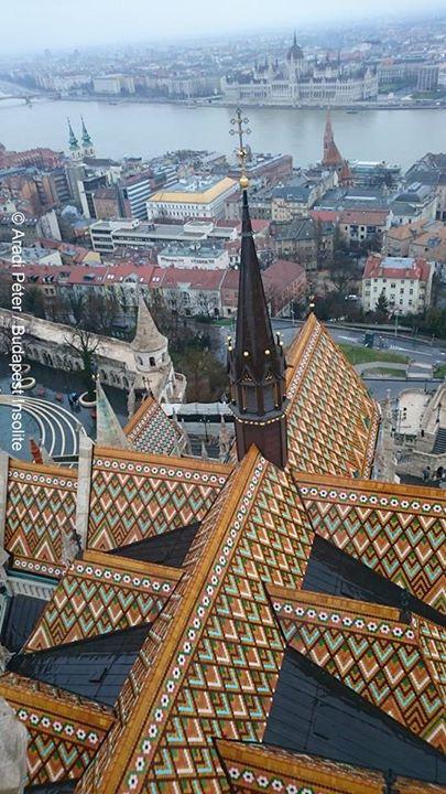 Budapest rooftop of st. matthias church                                                                                                                                                      Más