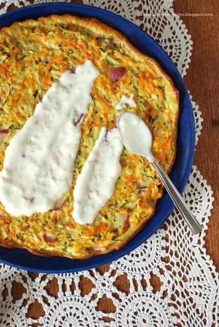 Moje Dietetyczne Fanaberie: Frittata z kaszą jaglaną, marchewką i cukinią