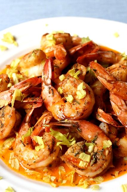 Need a quick-fix meal tonight? Spicy Drunken Shrimp is just what you're looking for. Be sure to have some bread on hand for this #delicious sauce!