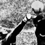 Musica e calcio con il 45 giri La mano di Dio di Bisca e Zulù » Football a 45 giri   Football a 45 giri