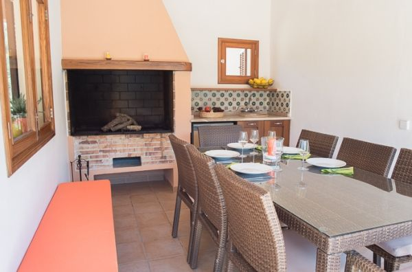 country house-bell lloc-bbq