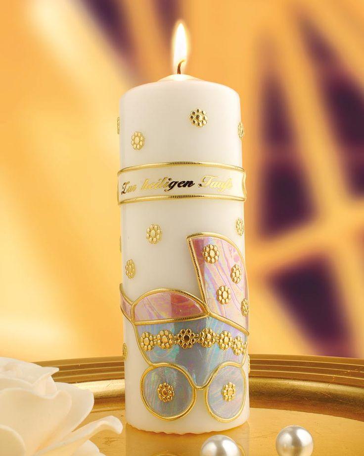 """Taufkerze selber machen (Idee mit Anleitung – Klick auf """"Besuchen""""!) - Zur Taufe kann man ganz leicht individuelle Kerzen gestalten, beispielsweise mit Namen, Taufdatum und hübschen Bildmotiven. Ein schönes Geschenk von den Taufpaten! Und die Kerze wird dann jedes Jahr zum Geburtstag und zum Tauftag wieder angezündet."""