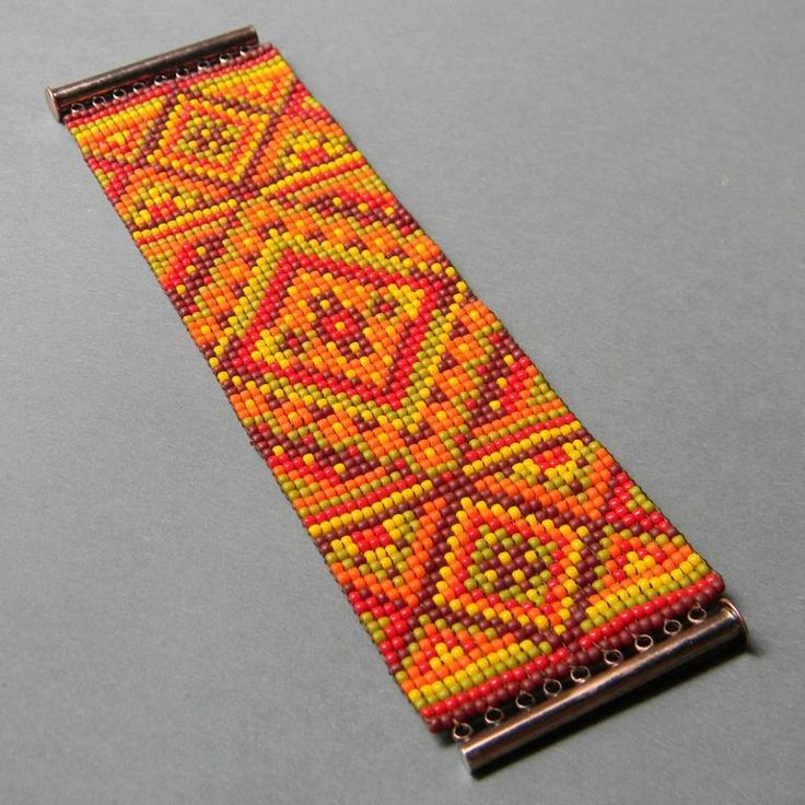 Wide multicolor beaded bracelet project. (I love this native american wide seed bead design).