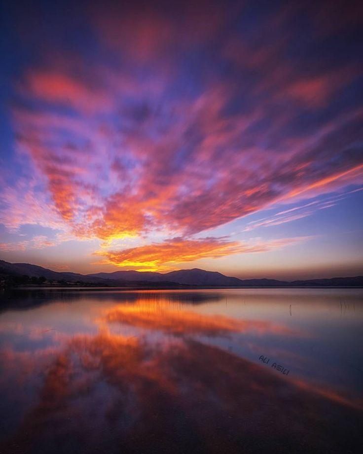 Hazar Gölü, Elazığ, Turkiye  @aliasili/instagram