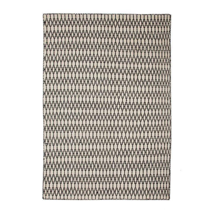 ber ideen zu teppich schwarz wei auf pinterest graue schlafzimmerw nde raumplaner. Black Bedroom Furniture Sets. Home Design Ideas