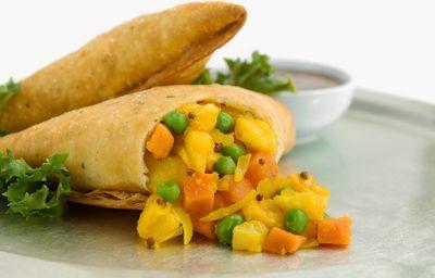 Rajugarivantalu (Andhra Telugu Vantalu): Telugu-vantalu-Vegetable-Samosa