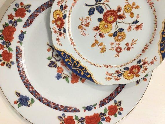 Mismatched Floral Plates Vintage Dinner Plates Dishes Image 1 Mismatched Floral Plates Floral Plates Dinner Plates