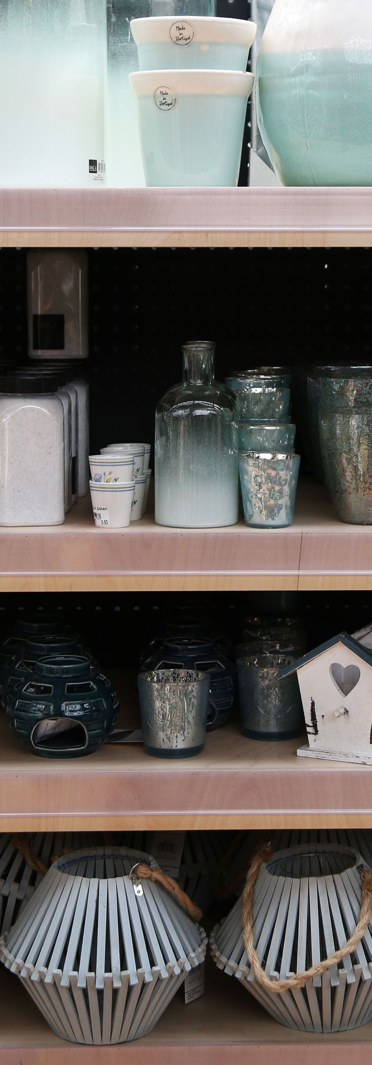 Everyone has its own favourite #blue: what about our #decor selection? #Home #Agricola