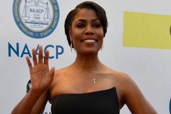 "CBS has announced the cast of its upcoming season of ""Celebrity Big Brother"" which includes Omarosa Manigault."
