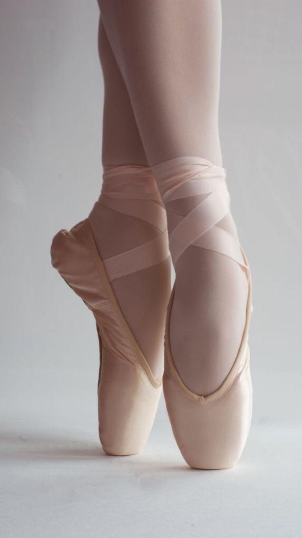 Pin von Francesca Villa auf Gg | Balletschuh